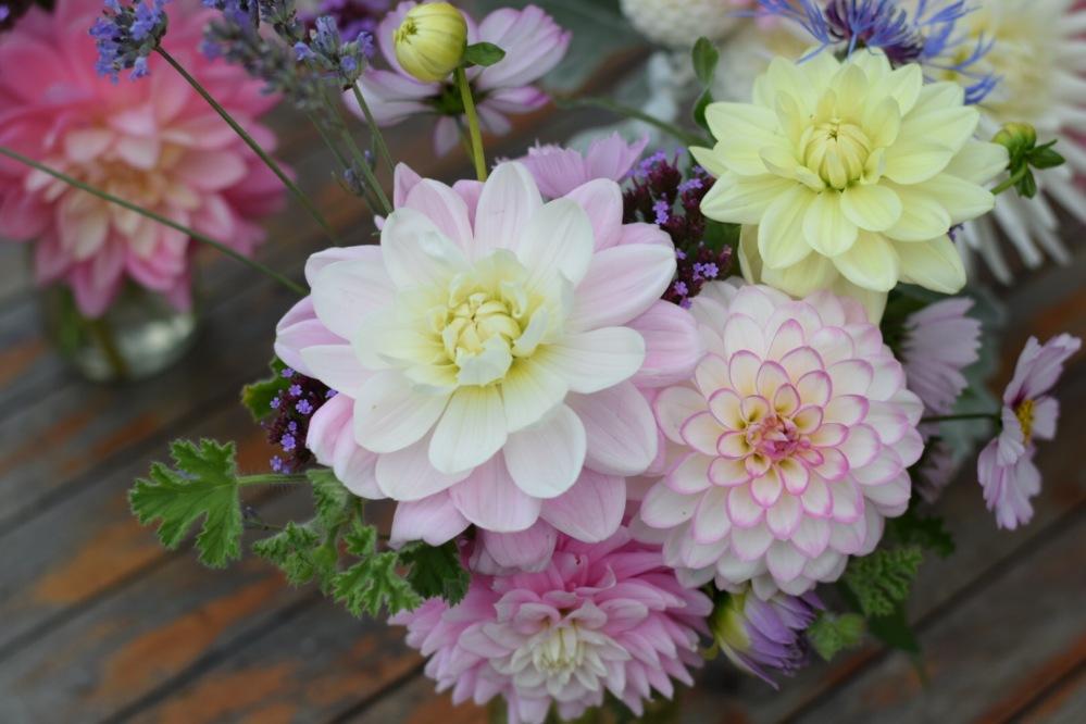 Jam Jar Table Arrangements, British Seasonal Wedding Flowers to do yourself, Bucks, Beds, Oxon, Northants, MK, Herts, Tring