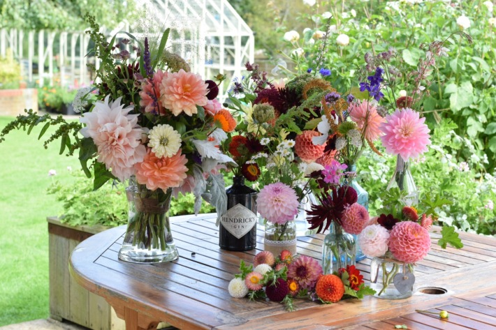 A DIY Wedding Workshop - learn to create your own Wedding Flowers, Bridal Bouquets, Buttonholes and Table Arrangements and 'Be the Wedding Florist' Buckinghamshire