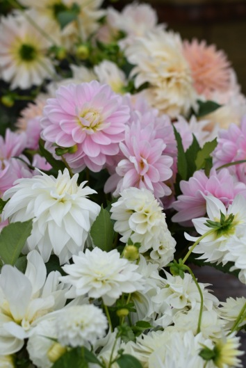 Wedding Flowers to arrange yourself