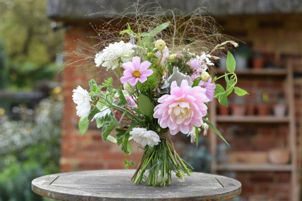 Posy tying and simple garden floristry