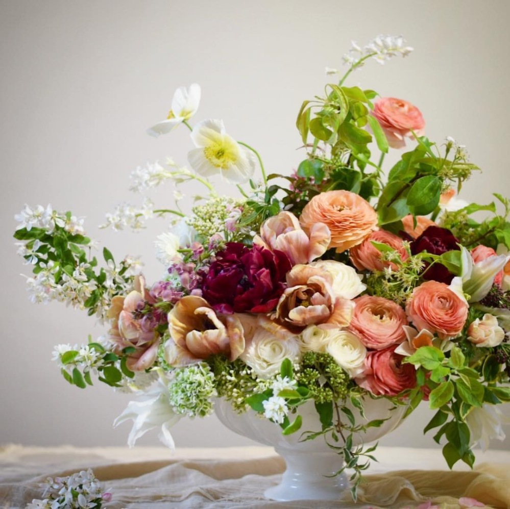 Wedding Flower Venue Arrangements - British Flowers for Buckinghamshire, Bedfordshire, Hertfordshire, Northampton and Oxfordshire